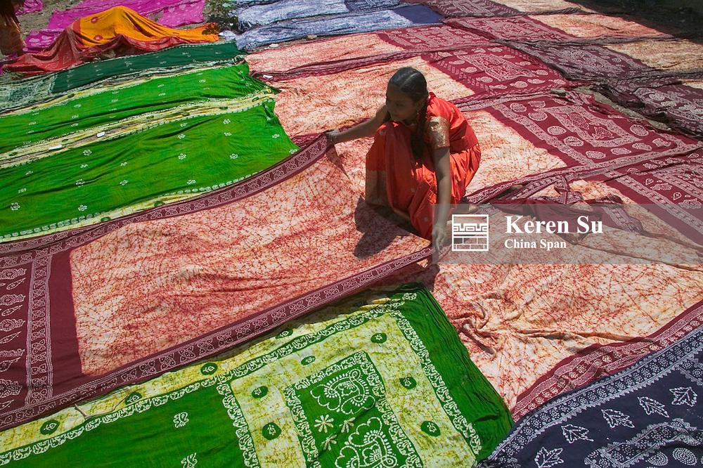 Drying dyed sari, Madurai, India