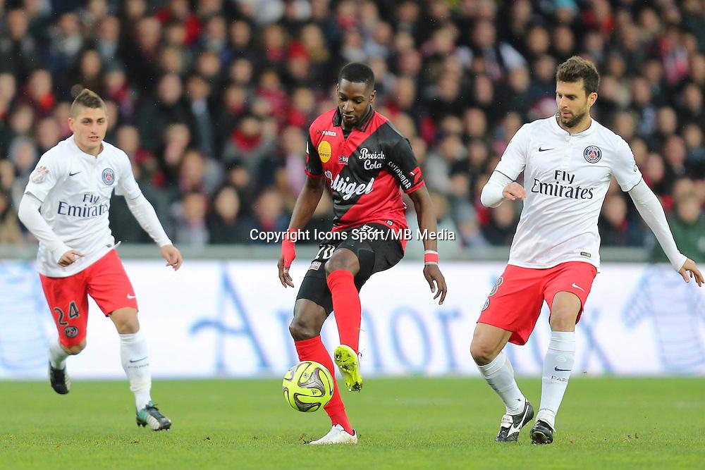 Younousse SANKHARE - 14.12.2014 - Guingamp / Paris Saint Germain - 18eme journee de Ligue 1<br />Photo : Vincent Michel / Icon Sport