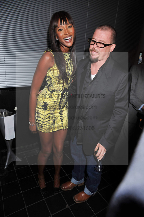 ALEXANDER McQUEEN and NAOMI CAMPBELL at a dinner hosted by Alexandra Shulman editor of British Vogue in association with Net-A-Porter.com to celebrate 25 years of London Fashion Week and Nick Knight held at Le Caprice, Arlington Street, London on 21st September 2009.