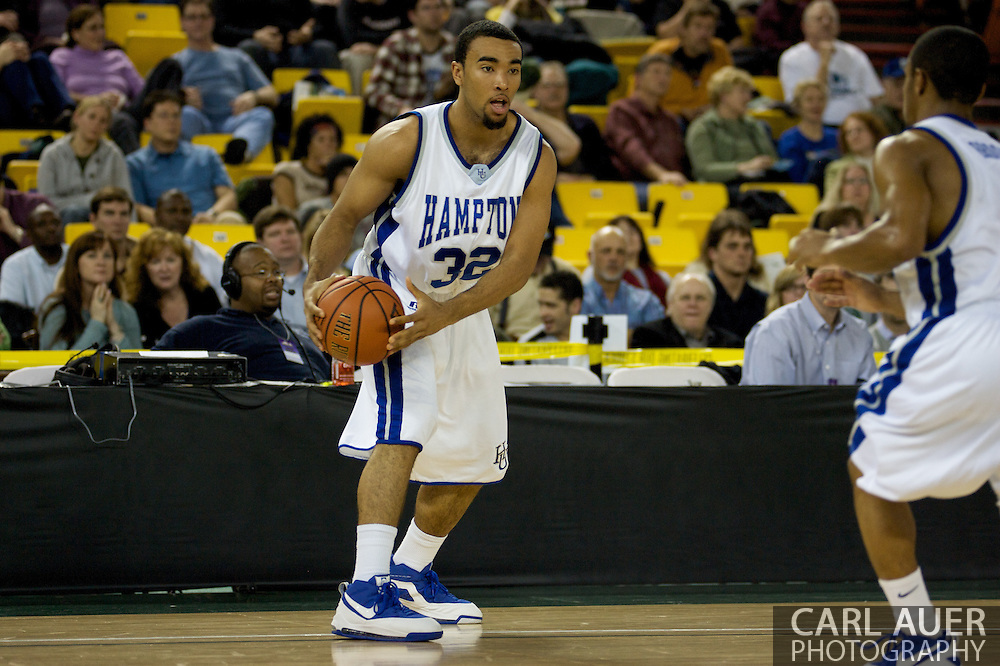 November 29, 2008: Hampton's John Ntoko (32) in the championship game of the 2008 Great Alaska Shootout at the Sullivan Arena.  San Diego State would keep Hampton scoreless for most of the first 7 minutes of the game and never look back on the Aztec's run to the win Saturday night.