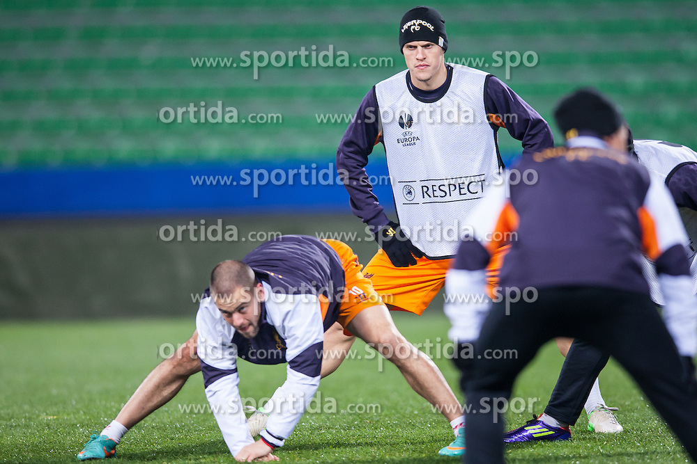 05.12.2012, Stadio Friuli, Udine, ITA, UEFA EL, Udinese Calcio vs FC Liverpool, Gruppe A, Training, FC Liverpool, im Bild Joe Cole (# 10, Liverpool FC), Martin Skrtel (# 37, Liverpool FC) // Joe Cole (# 10, Liverpool FC), Martin Skrtel (# 37, Liverpool FC) during Training of Liverpool FC before the UEFA Europa League group A match between Udinese Calcio and Liverpool .FC at the Stadio Friuli, Udinese, Italy on 2012/12/05. EXPA Pictures © 2012, PhotoCredit: EXPA/ Juergen Feichter