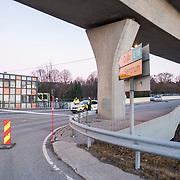 Kristiansand  20161127.<br /> Politiets p&aring; stedet der en mann senere d&oslash;d etter en skyting med politiet i Kristiansand natt til s&oslash;ndag.<br /> Foto: Tor Erik Schr&oslash;der / NTB scanpix