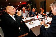 11-11-2015 VOETBAL:SMAAKPROEVERIJ WILLEM II:TILBURG<br /> De jaarlijkse wijn- en smaakproeverij in het Koning Willem II stadion voor de sponsors<br /> <br /> Trainer/Coach Jurgen Streppel van Willem II lekker aan een wijntje<br /> <br /> Foto: Geert van Erven