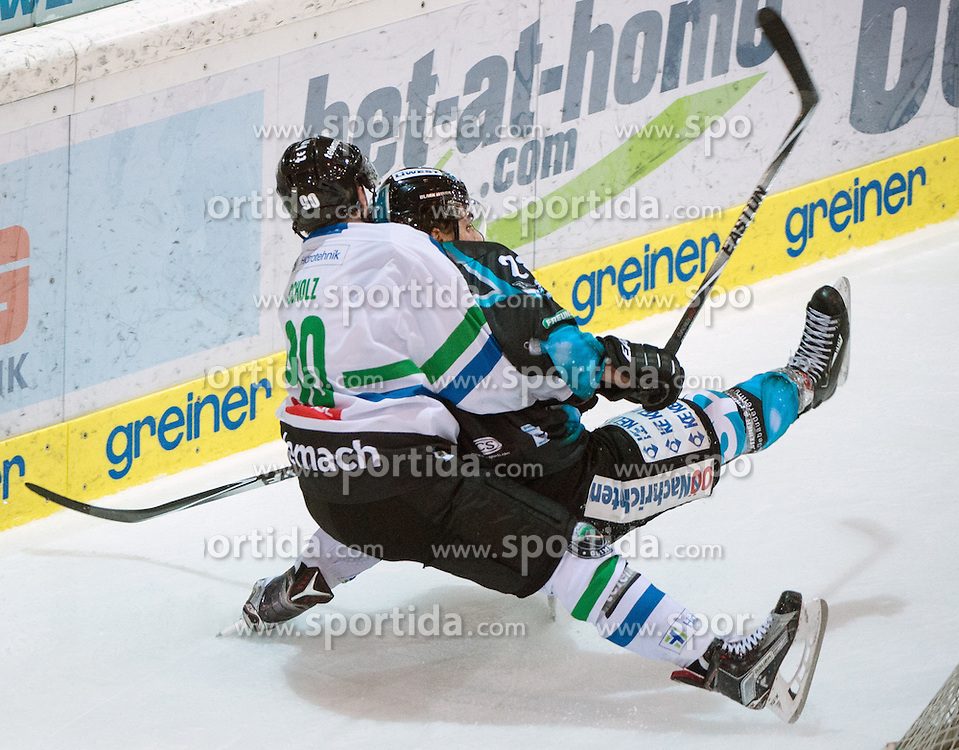 18.12.2015, Keine Sorgen Eisarena, Linz, AUT, EBEL, EHC Liwest Black Wings Linz vs HDD TELEMACH Olimpija Ljubljana, 32. Runde, im Bild Marius Göhringer (EHC Liwest Black Wings Linz) und Fabian Scholz (HDD TELEMACH Olimpija Ljubljana) // during the Erste Bank Icehockey League 32nd round match between EHC Liwest Black Wings Linz and HDD TELEMACH Olimpija Ljubljana at the Keine Sorgen Icearena, Linz, Austria on 2015/12/18. EXPA Pictures © 2015, PhotoCredit: EXPA/ Reinhard Eisenbauer