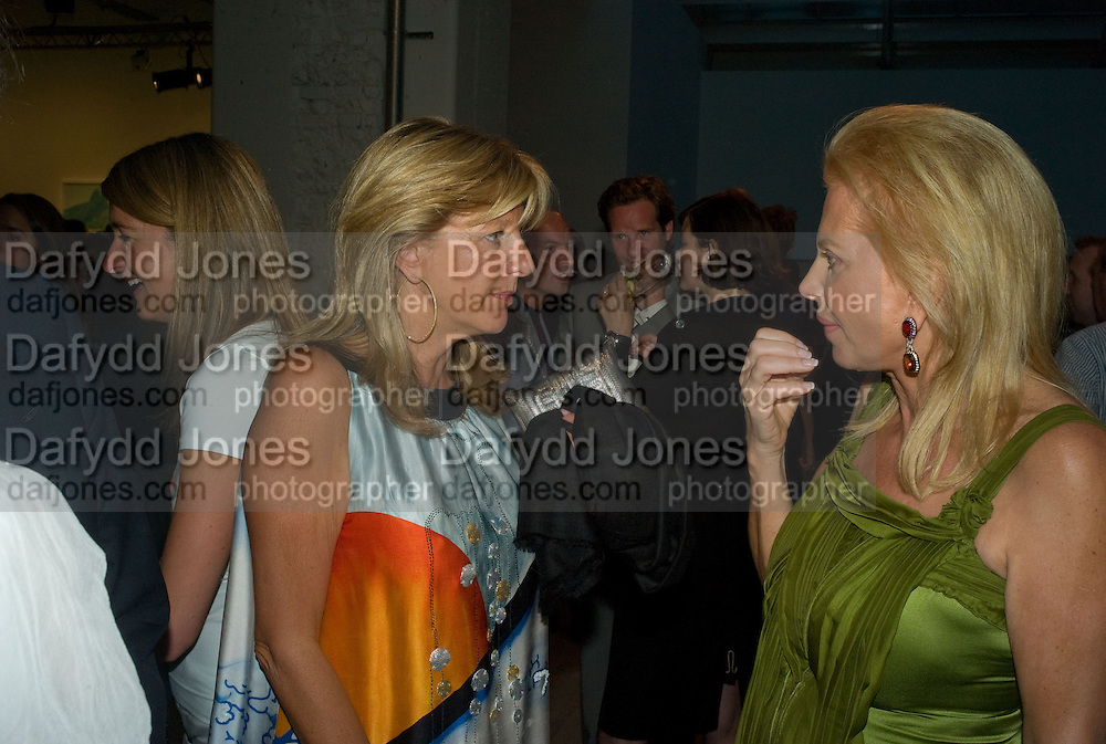TRUDY STYLER; DAPHNE GUINNESS, Mario Testino: Obsessed by You -  private view<br />Phillips de Pury &amp; Company, Howick Place, London, SW1, 2 July 2008 *** Local Caption *** -DO NOT ARCHIVE-&copy; Copyright Photograph by Dafydd Jones. 248 Clapham Rd. London SW9 0PZ. Tel 0207 820 0771. www.dafjones.com.
