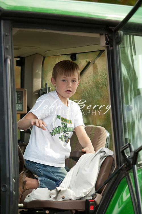 Mt Zion Harvest Festival, hay ride.10/25/09