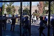 Caserta, Italia - 9 ottobre 2010. Manifestazione di immigrati a Caserta. Motivo della protesta sono le inumane condizioni di lavoro e la non concessione dei permessi di soggiorno..Ph. Roberto Salomone Ag. Controluce.ITALY - Immigrats rally in Caserta on october 9, 2010 to protest against the inhuman working conditions and to claim their rights.