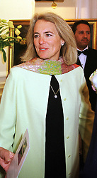 MRS MARK PHILLIPS, at a party in London on 16th March 2000.OCC 98<br /> © Desmond O'Neill Features:- 0208 971 9600<br />    10 Victoria Mews, London.  SW18 3PY  photos@donfeatures.com