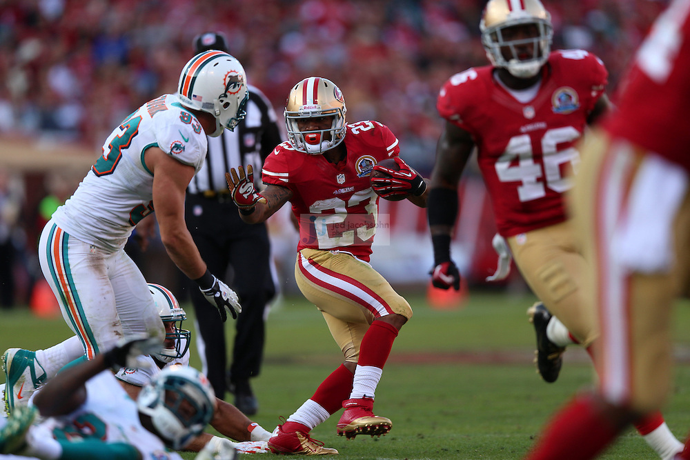 San Francisco 49ers running back LaMichael James (23) in action against theMiami Dolphins during an NFL game at Candlestick Park on December 9, 2012 in San Francisco, CA.  (Photo by Jed Jacobsohn)