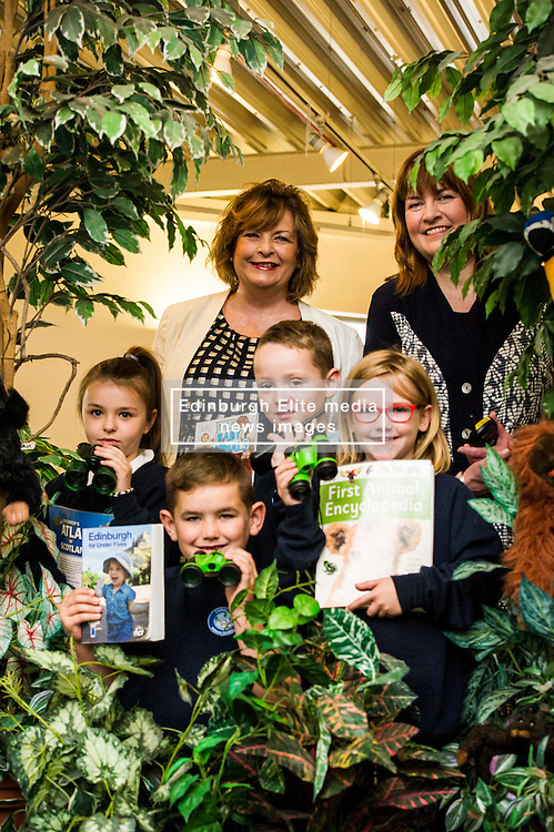 Pictured: Daniel Lawrie (8) Nathan Murray (8) Nicole Hynd (8) Antonia Kikoszka, Fiona Hyslop and Pamala Tulloch, Chief Executive of SLIC <br /> Culture Secretary Fiona Hyslop MSP visited Wester Hailes Library in Edinburgh today to meet primary-school pupils and Edinburgh City Council officials  to announce libraries support package<br /> <br /> Ger Harley | EEm 7 September 2016