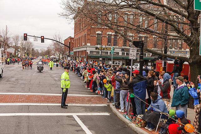 fans line race course in Natick