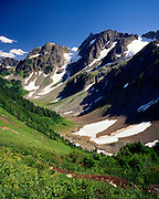 MAGIC MOUNTAIN AND PELTON BASIN, NORTH CASCADES NATIONAL PARK WASHINGTON