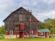 https://Duncan.co/barn-with-red-doors