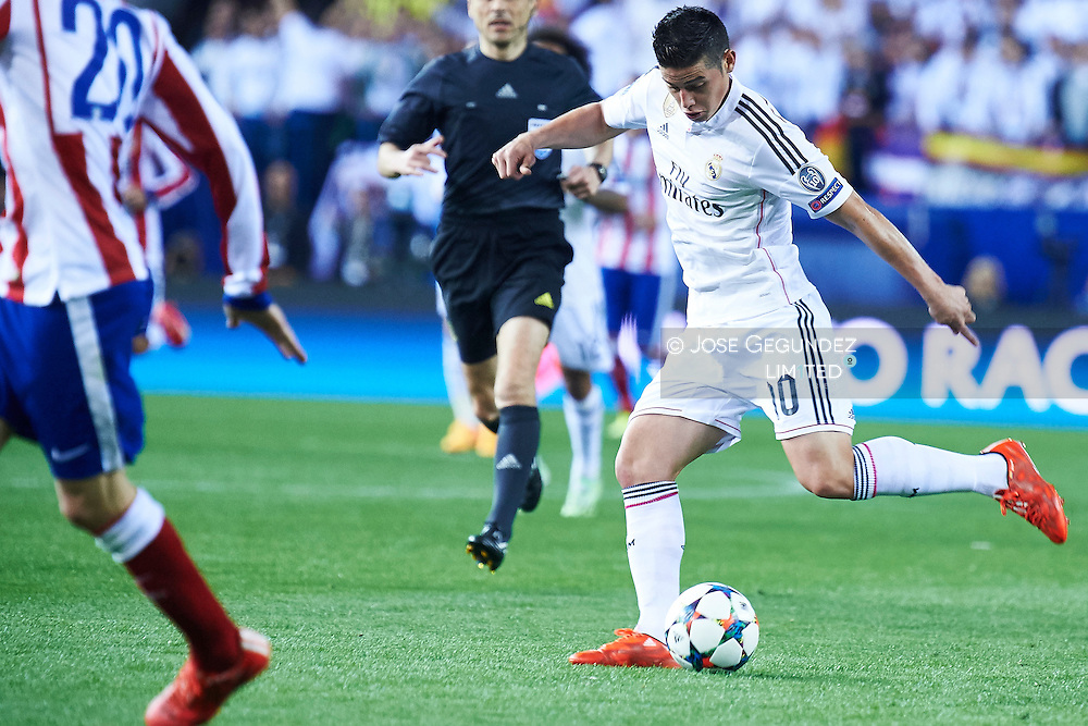 James Rodriguez (Real Madrid F.C.) in action during the Champions League, round of 4 match between Atletico de Madrid and Real Madrid at Estadio Vicente Calderon on April 14, 2015 in Madrid, Spain