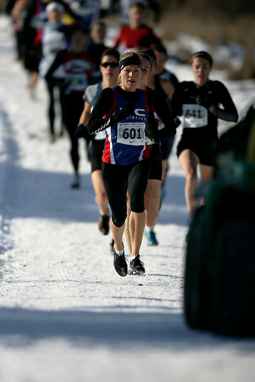 Guelph, Ontario ---29/11/08---  MARILYN ARSENAULT competes in the senior women's race at the 2008 AGSI Canadian Cross Country Championships in Guelph, Ontario, November 29, 2008..GEOFF ROBINS Mundo Sport Images