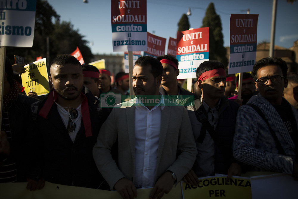 November 10, 2018 - Rome, Italy - Activists, employees of the country's social and reception centers and members of anti-racism associations, march during a demonstration against the government's  recent decree restricting the right to asylum in Rome, on November 10, 2018. (Credit Image: © Christian Minelli/NurPhoto via ZUMA Press)