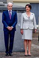 DEN HAAG - leden van de hofhouding van de koning Gabriella Sancisi particulier secretaris koningin Máxima  en links sjoert klein schiphorst   Annemijn Crince le Roy- van Munster van Heuven . copyright robin utrecht