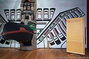 Remise du prix John Humphrey par Droits et Démocratie à Marino Alvarado, directeur général du groupe vénézuélien PROVEA -  Musée canadien des civilisations / Gatineau / Canada / 2010-12-07, © Photo Marc Gibert/ adecom.ca