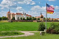 Torgau erlangte Ende des Zweiten Weltkrieges internationale Berühmtheit, als sich am 25. April 1945 sowjetische und US-amerikanische Truppen an der Elbe bei der Stadt trafen.