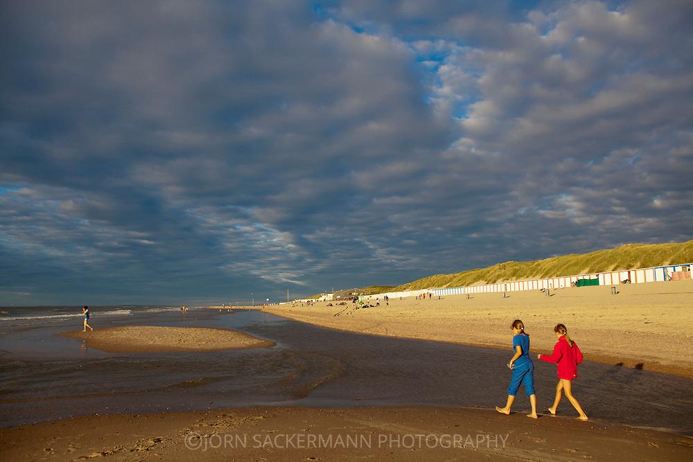 Europa, Niederlande, Zeeland, am Strand bei Oostkapelle auf Walcheren.<br /> <br /> Europe, Netherlands, Zeeland, at the beach in Oostkapelle on the peninsula Walcheren.