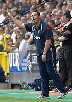 Photo: Ashley Pickering.<br /> Norwich City v Ipswich Town. Coca Cola Championship. 22/04/2007.<br /> Ipswich manager Jim Magilton