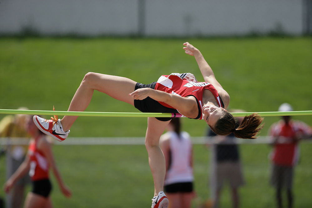 (Charlottetown, Prince Edward Island -- 20090719) \ Tayler Whitley \high jump at the 2009 Canadian Junior Track & Field Championships at UPEI Alumni Canada Games Place on the campus of the University of Prince Edward Island, July 17-19, 2009.  Copyright Sean Burges / Mundo Sport Images , 2009.