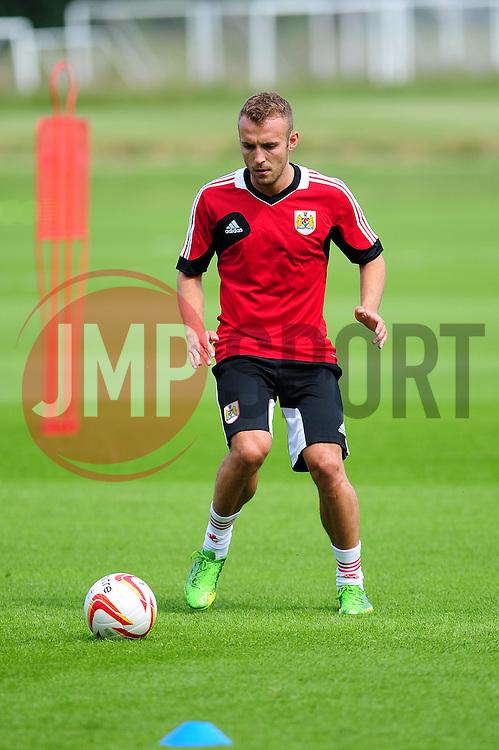 Bristol City's Liam Kelly - Photo mandatory by-line: Dougie Allward/JMP - Tel: Mobile: 07966 386802 27/06/2013 - SPORT - FOOTBALL - Bristol -  Bristol City - Pre Season Training - Npower League One
