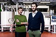 Cristina e Luigi Santagata, proprietari dell'omonima azienda olearea ligure. L'attività di Santagata inizia nel 1907 a Camogli, per poi spostarsi a Genova ed allargarsi negli anni al territorio nazionale ed internazionale. L'azienda seleziona oli vergini ed extravergini.