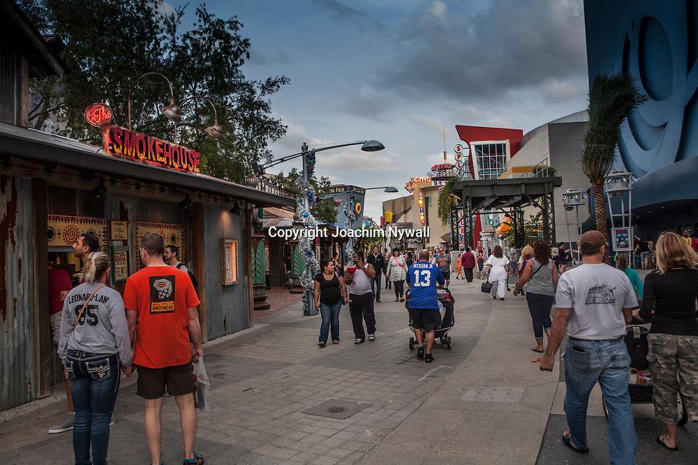 20151115 Orlando Florida USA <br /> <br /> Downtown Disney Disney springs<br /> <br /> <br /> FOTO : JOACHIM NYWALL KOD 0708840825_1<br /> COPYRIGHT JOACHIM NYWALL<br /> <br /> ***BETALBILD***<br /> Redovisas till <br /> NYWALL MEDIA AB<br /> Strandgatan 30<br /> 461 31 Trollh&auml;ttan<br /> Prislista enl BLF , om inget annat avtalas.