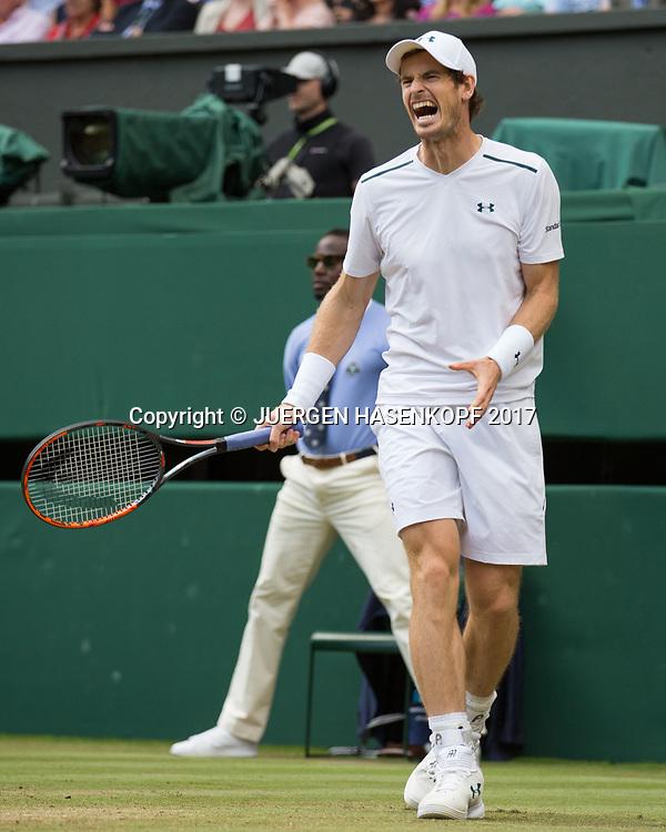 ANDY MURRAY (GBR) reagiert veraergert, Aerger,Frust,Emotion,<br /> <br /> Tennis - Wimbledon 2017 - Grand Slam ITF / ATP / WTA -  AELTC - London -  - Great Britain  - 12 July 2017.