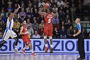 DESCRIZIONE : Eurocup 2015-2016 Last 32 Group N Dinamo Banco di Sardegna Sassari - Cai Zaragoza<br /> GIOCATORE : Sek Henry<br /> CATEGORIA : Tiro Tre Punti Three Point Controcampo<br /> SQUADRA : Cai Zaragoza<br /> EVENTO : Eurocup 2015-2016<br /> GARA : Dinamo Banco di Sardegna Sassari - Cai Zaragoza<br /> DATA : 27/01/2016<br /> SPORT : Pallacanestro <br /> AUTORE : Agenzia Ciamillo-Castoria/L.Canu