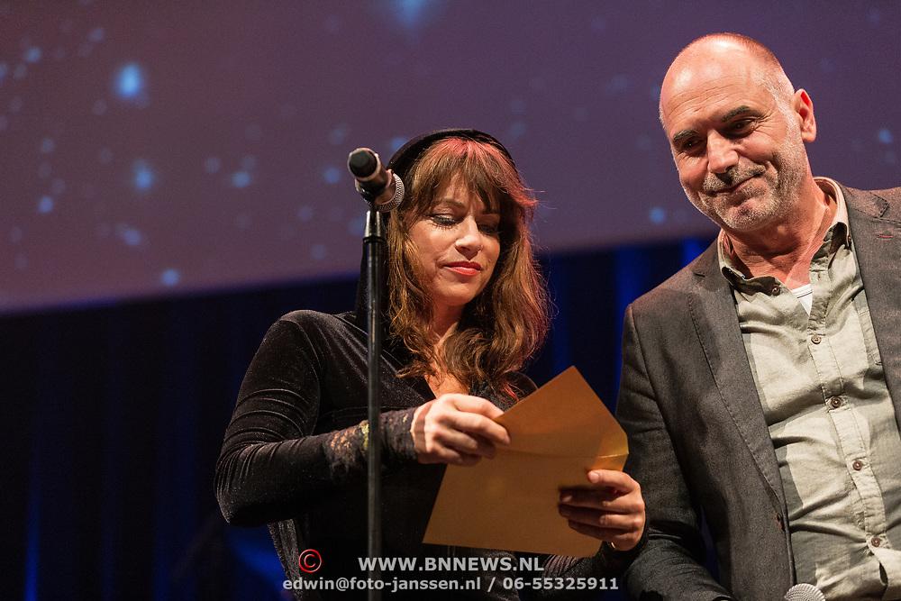 NLD/Amsterdam/20180917 - Uitreiking de Gouden Notenkraker 2018, Leo Blokhuis met Ellen ten Damme