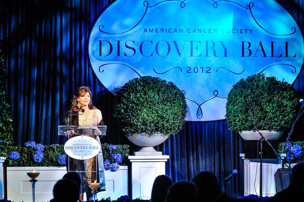 Maria Bartiromo, MC for American Cancer Society Discovery Ball, Radisson Blu Aqua Hotel, Chicago, Illinois.