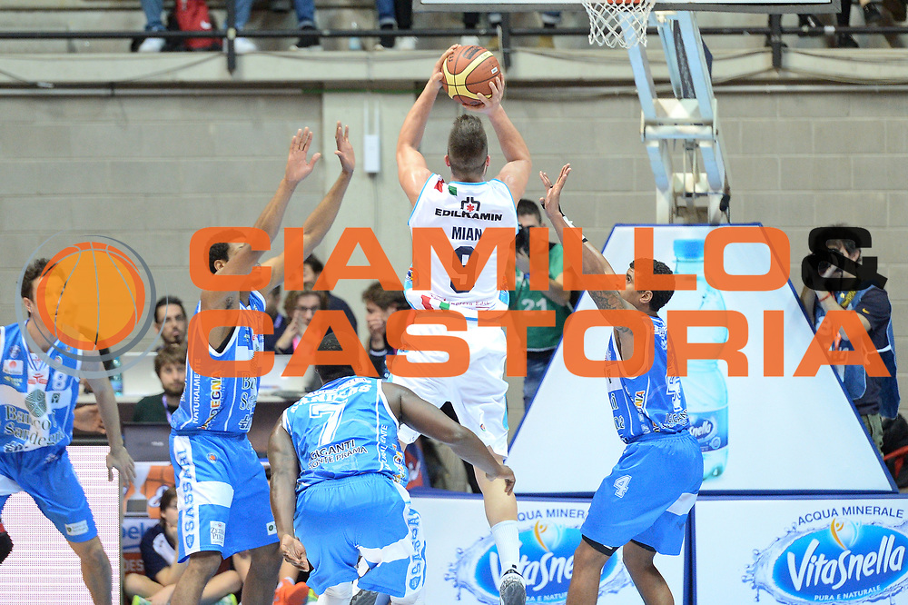 DESCRIZIONE : Final Eight Coppa Italia 2015 Desio Quarti di Finale Banco di Sardegna Sassari vs Vagoli Basket Cremona<br /> GIOCATORE : Mian Fabio<br /> CATEGORIA :Tiro Controcampo<br /> SQUADRA : Vagoli Basket Cremona<br /> EVENTO : Final Eight Coppa Italia 2015 Desio <br /> GARA : Banco di Sardegna Sassari vs Vagoli Basket Cremona<br /> DATA : 20/02/2015 <br /> SPORT : Pallacanestro <br /> AUTORE : Agenzia Ciamillo-Castoria/I.Mancini