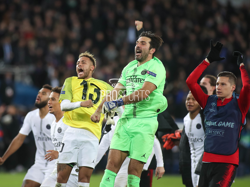 Paris Saint-Germain players celebrates during the Champions League group stage match between Paris Saint-Germain and Liverpool at Parc des Princes, Paris, France on 28 November 2018.