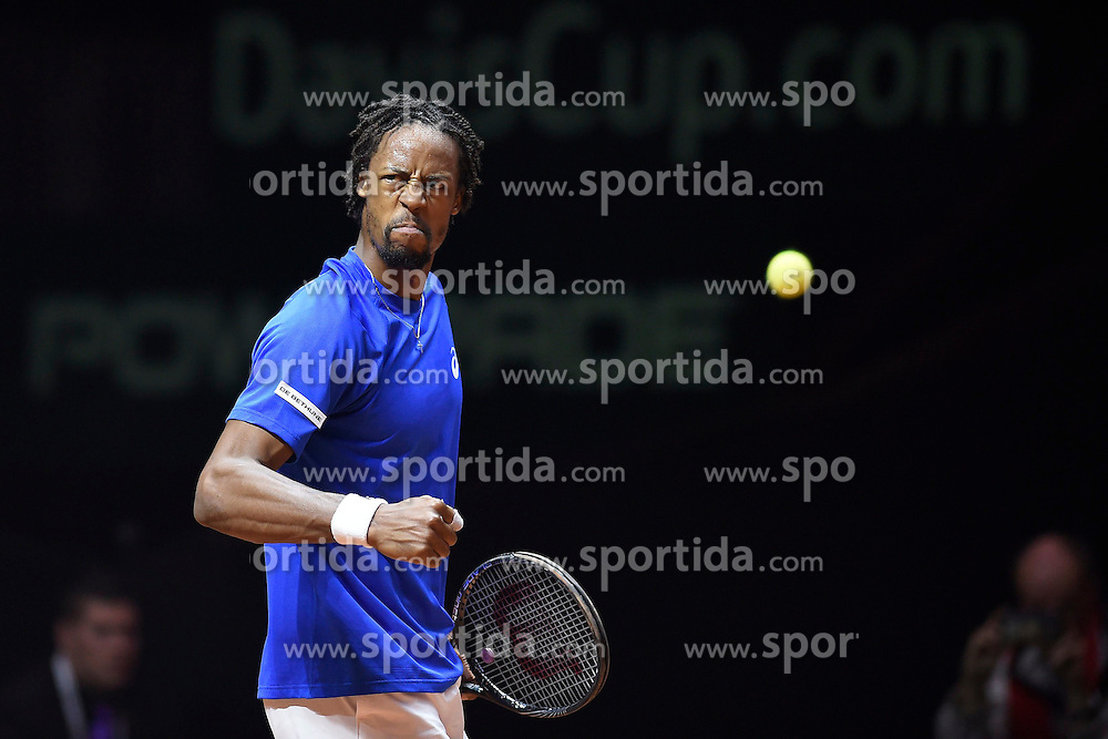 21.11.2014, Stade Pierre Mauroy, Lille, FRA, Davis Cup Finale, Frankreich vs Schweiz, im Bild Gael Monfils (FRA) // during the Davis Cup Final between France and Switzerland at the Stade Pierre Mauroy in Lille, France on 2014/11/21. EXPA Pictures © 2014, PhotoCredit: EXPA/ Freshfocus/ Valeriano Di Domenico<br /> <br /> *****ATTENTION - for AUT, SLO, CRO, SRB, BIH, MAZ only*****