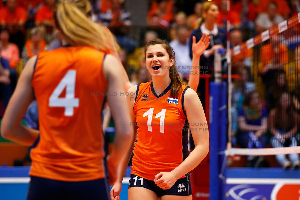 20140425 NED: Jong Oranje Vrouwen - Montenegro, Arnhem <br /> Juliet Lohuis (11) The Netherlands<br /> &copy;2014-FotoHoogendoorn.nl / Pim Waslander