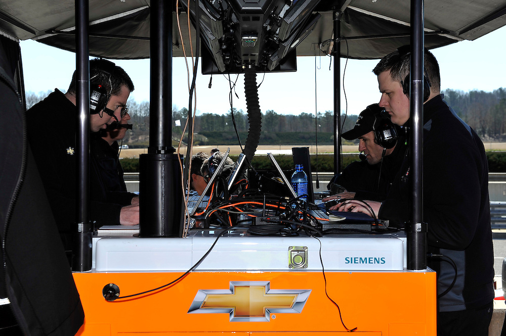 12-13 March 2013, Birmingham, Alabama USA.Team Andretti engineers.©2013, Scott R LePage.LAT Photo USA