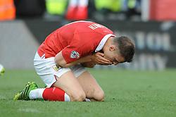 Bristol City's Matt Smith cuts a dejected figure after missing a chane  - Photo mandatory by-line: Dougie Allward/JMP - Mobile: 07966 386802 - 25/01/2015 - SPORT - Football - Bristol - Ashton Gate - Bristol City v West Ham United - FA Cup Fourth Round
