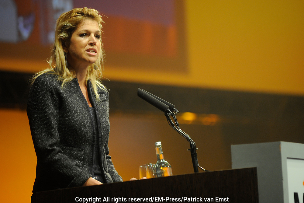 Jaarcongres van MKB-Nederland in het World Forum, Den Haag . // MKB Annual Congress n the World Forum, The Hague.<br /> <br /> Op de foto/ On the photo: <br /> <br />   ZKH prinses Maxima