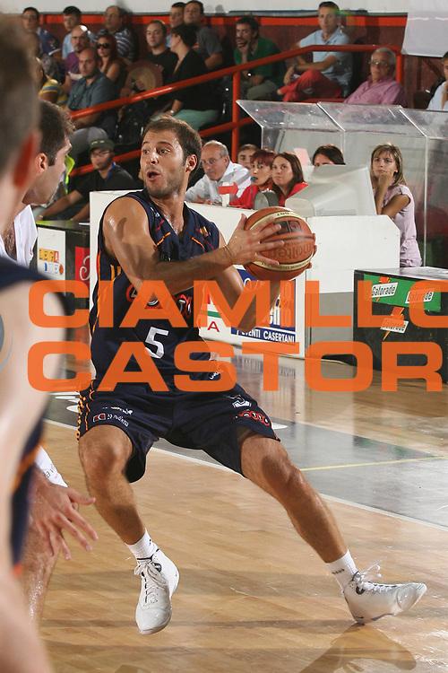 DESCRIZIONE : Caserta Lega A1 2007-08 Torneo Citt&agrave; di Caserta Lottomatica Virtus Roma Virtus Bologna<br /> GIOCATORE : Jacopo Giachetti<br /> SQUADRA : Lottomatica Virtus Roma<br /> EVENTO : Campionato Lega A1 2007-2008 <br /> GARA : Lottomatica Virtus Roma Virtus Bologna<br /> DATA : 16/09/2007 <br /> CATEGORIA : Passaggio<br /> SPORT : Pallacanestro <br /> AUTORE : Agenzia Ciamillo-Castoria/M.Marchi