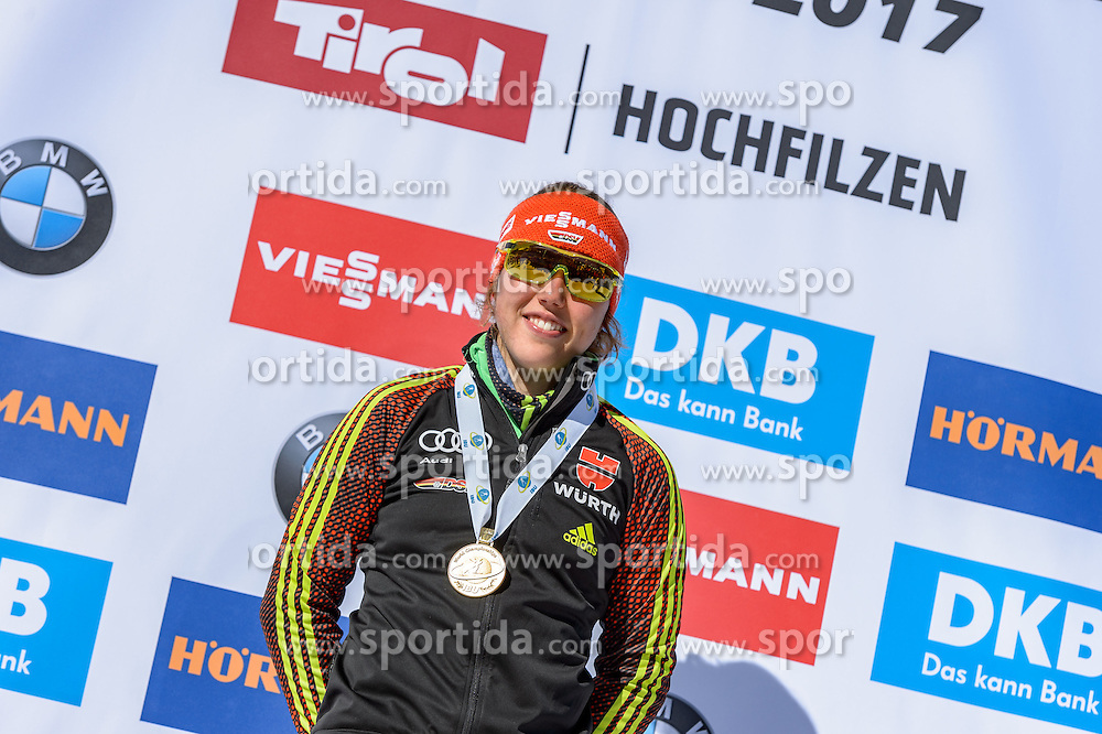 19.02.2017, Biathlonarena, Hochfilzen, AUT, IBU Weltmeisterschaften Biathlon, Hochfilzen 2017, Massenstart Damen, Siegerehrung, im Bild Laura Dahlmeier (GER) // Laura Dahlmeier of Germany during Winner Ceremony of the Womens Masstart of the IBU Biathlon World Championships at the Biathlonarena in Hochfilzen, Austria on 2017/02/19. EXPA Pictures © 2017, PhotoCredit: EXPA/ Stefan Adelsberger