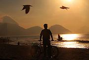 Rio de Janeiro_RJ, Brasil.<br /> <br /> Ciclovia da Praia de Copacabana no Rio de Janeiro.<br /> <br /> Bike path in Copacabana Beach in Rio de Janeiro.<br /> <br /> Foto : ANA CAROLINA FERNANDES / NITRO