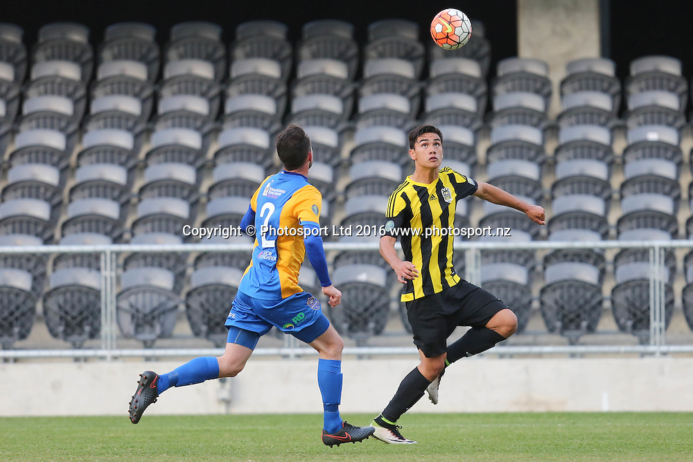 Wellington Phoenix Under 20s' Max Mata, right, and Southern United's Conor O'Keeffe, left, wait for the ball to drop in the Stirling Sports Premiership football match, Forsyth Barr Stadium, Dunedin, New Zealand, Friday, November 25, 2016. © Copyright photo: Adam Binns / www.photosport.nz