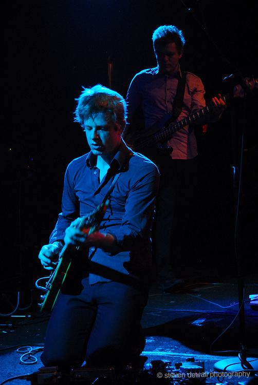 Brit Daniels of Spoon performs SXSW in Austin, Texas in 2007
