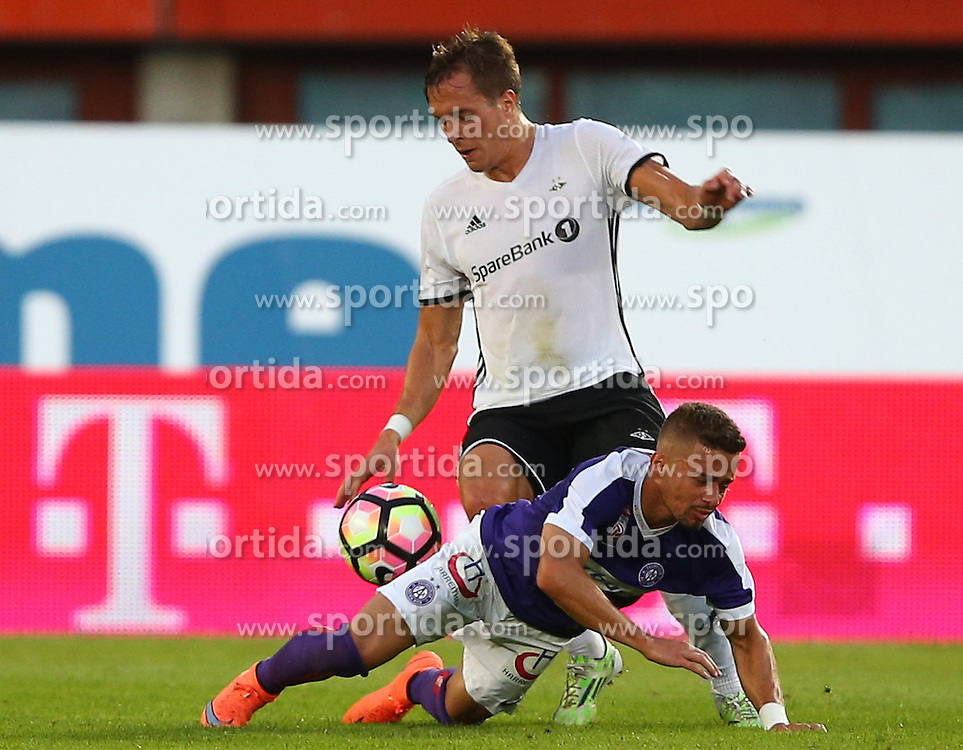 18.08.2016, Ernst Happel Stadion, Wien, AUT, UEFA EL, FK Austria Wien vs Rosenborg BK Trondheim, Qualifikation, Playoff Runde, Hinspiel, im Bild Tore Reginiussen (Rosenborg BK Trondheim) und Venuto (FK Austria Wien) // during a UEFA Europa League Qualifier, playoff round, first leg, between FK Austria Vienna and Rosenborg BK Trondheim at the Ernst Happel Stadion, Wien, Austria on 2016/08/18. EXPA Pictures © 2016, PhotoCredit: EXPA/ Thomas Haumer