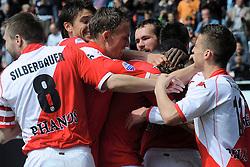 16-05-2010 VOETBAL: FC UTRECHT - RODA JC: UTRECHT<br /> FC Utrecht verslaat Roda in de finale van de Play-offs met 4-1 en gaat Europa in / Michael Silberbauer, Tim Cornelisse, Jacob Mulenga, Dries Mertens<br /> ©2010-WWW.FOTOHOOGENDOORN.NL