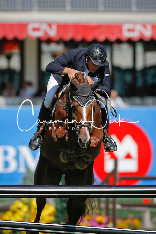 Houtzager Marc (NED) - Uppity<br /> Akita Drilling Cup<br /> Spruce Meadows Masters - Calgary 2009<br /> © Dirk Caremans