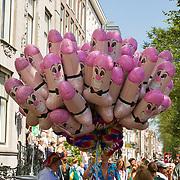 NLD/Amsterdam//20170805 - Gay Pride 2017, Balonnen in de vorm van een penis