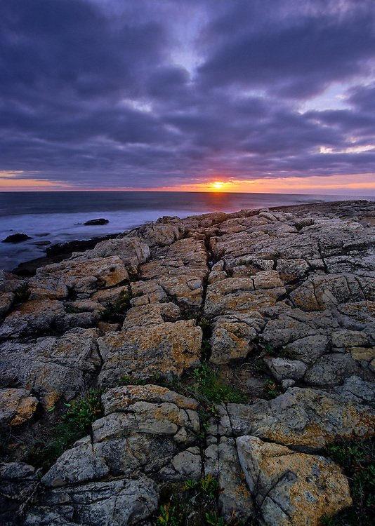 At Cape Raso, near the beach town of Cascais, just outsode of Lisbon, the rocks are cracked forming natural tiles